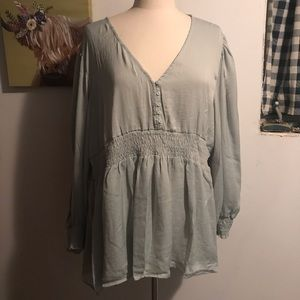 NWT Suzanne Betro Peasant Blouse